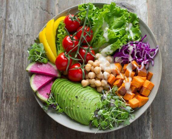 miska warzyw i owoców